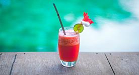 Rinfresca la tua estate con una bevanda!